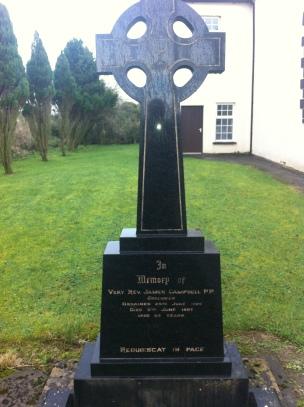 Gravestone of Fr Jsames Campbel